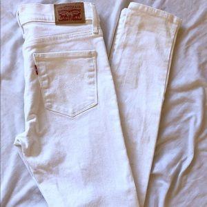 White Denim Levi's Skinny Jeans